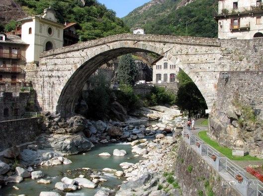 Pont-Saint-Martin Italy 1217908467